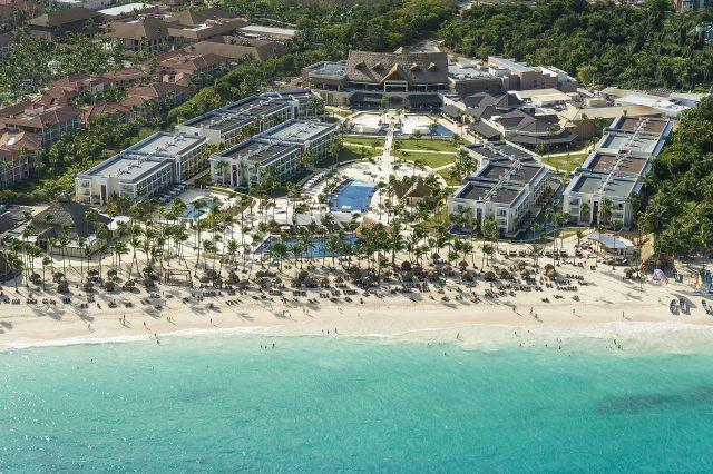 Clasifican a Royalton Punta Cana entre los 50 mejores resorts del Caribe