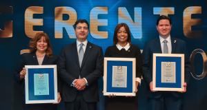 Banco Popular premia a sus gerentes más destacados