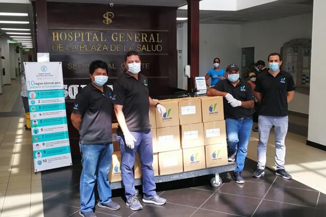 Cadena Blue Diamond Resorts dona desinfectantes al MITUR