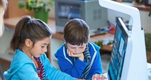 HP Inc. presenta el programa BeOnline que conecta a docentes con alumnos desde casa