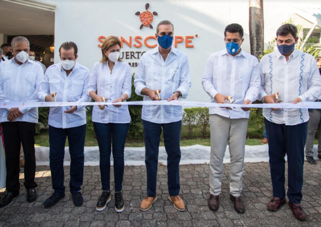 Presidente Luis Abinader encabeza reapertura del hotel Sunscape® Puerto Plata Resort & Spa