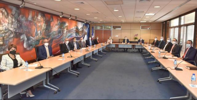 BCRD El Banco Central se reune con los representantes de la ABA, ABANCORD y LIDAAPI
