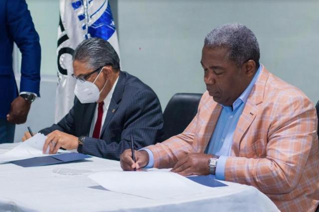 Gabinete de Política Social y la OPTIC firman acuerdo para fortalecer plataforma tecnológica