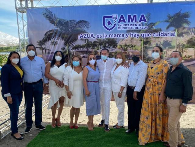Alcaldía de Azua presenta Proyecto Desarrollo Playa Monte Río