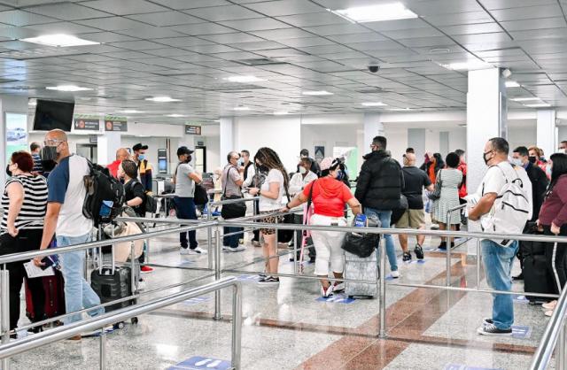 MITUR inicia actos de Dominicanos Ausentes en aeropuertos del país