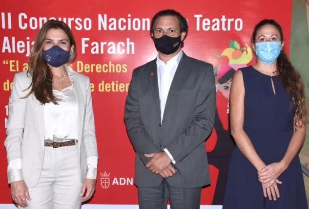 Save The Children Dominicana premia ganadores del segundo Concurso Nacional de Teatro