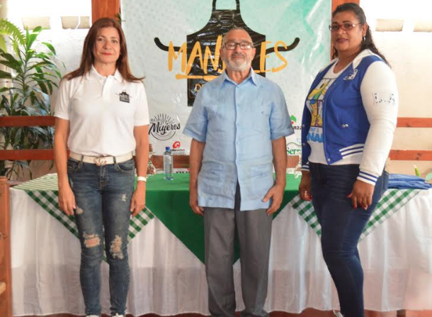 Mandiles de Esperanza impacta comunidades en Constanza
