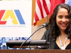 Destacan comunicadora dominicana durante el Mes de la Herencia Hispana